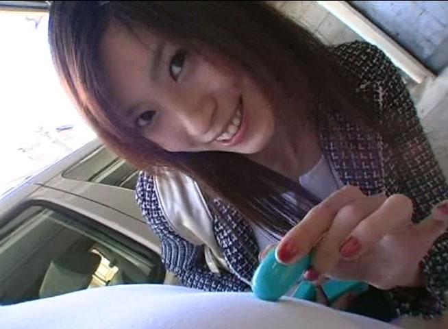 個人撮影フェラ憧れの立花里子君にモデルの陰でフェラ抜きしてもらいましたwww