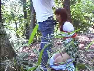 緊縛拘束した制服JKを森の中で露出調教!!